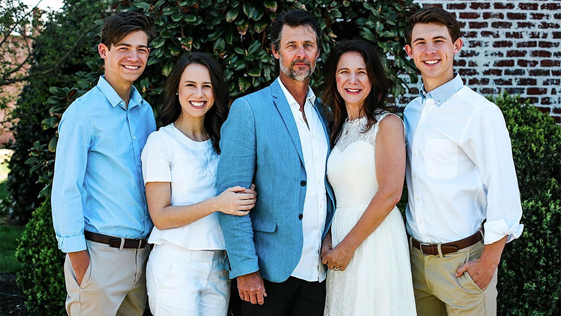 Jenni Mendl Family - Weigh Down Testimony